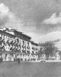 Псков. Октябрьская улица. Новостройки