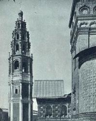 28. Храм Иоанна Предтечи в Толчкове (1671—1687 гг.): Колокольня и южное крыльцо
